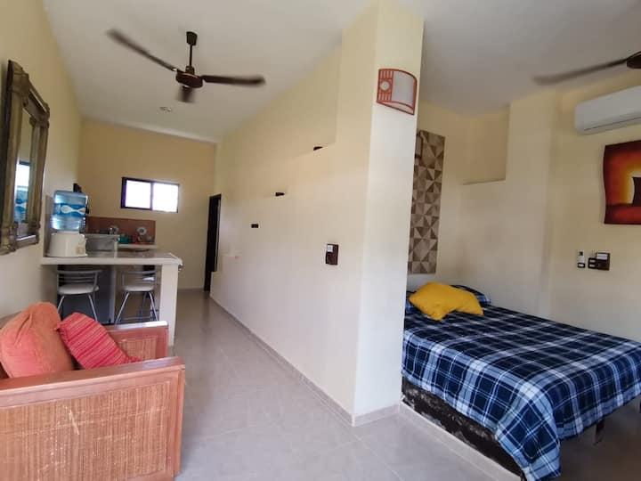 Bonita habitacion, ideal para estancias largas