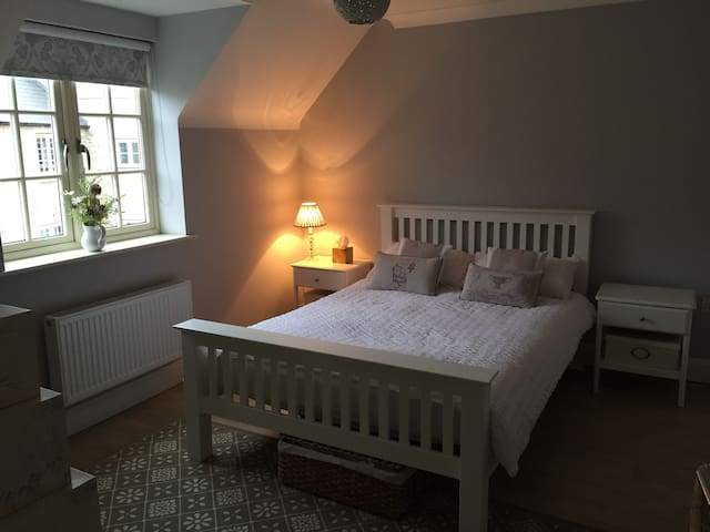 Lovely double EnSuite Room - Hanslope - Rumah