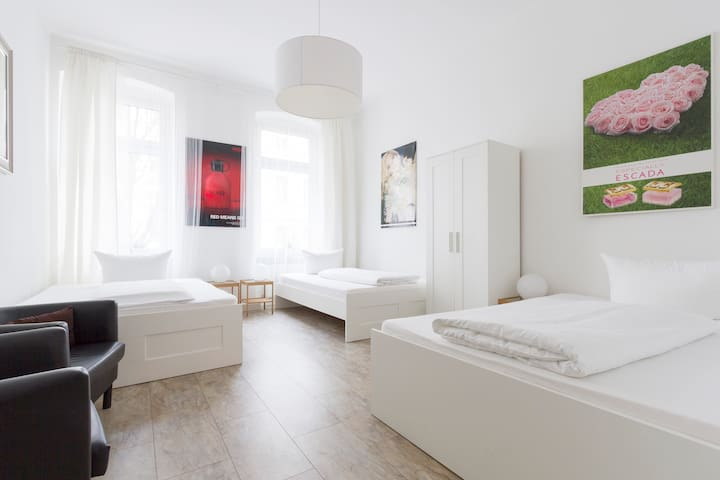 Prenzlauer Berg for Family & Experienced Groups 21