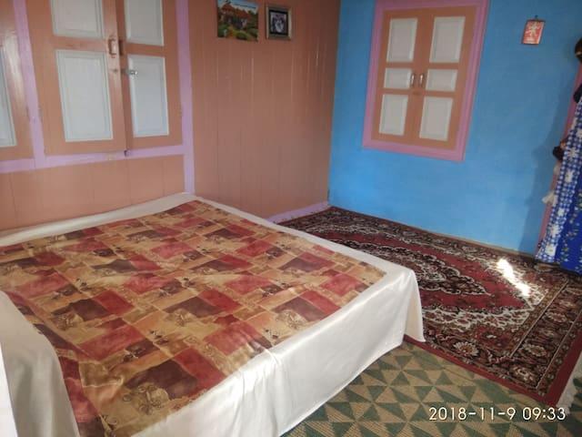 Gurukul guest house ..Chopal