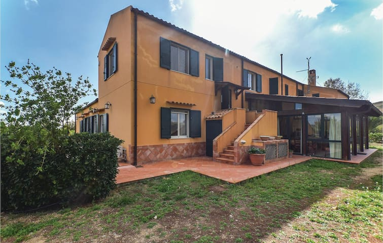 Holiday apartment with 2 bedrooms on 55 m² in Caltanissetta CL