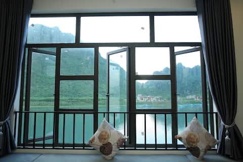 Phòng gia đình 2 giường đôi view SÔNG NÚI ĐẸP