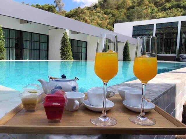 Adoor hotel  Khao yai       Pool view