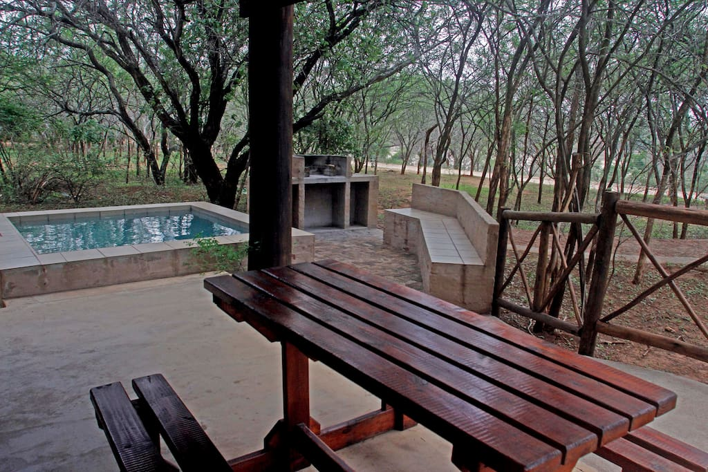 Patio overlooking the barbecue area and Kruger Park beyond