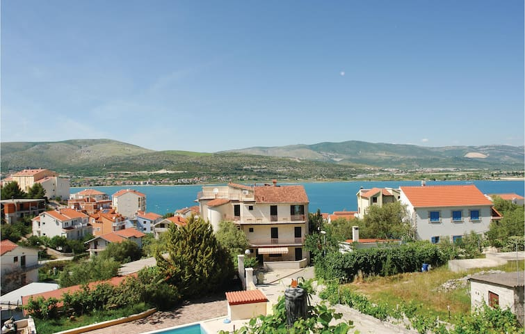 Holiday apartment with 1 bedroom on 35m² in Mastrinka