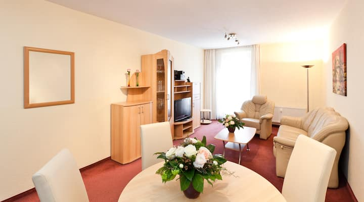 Large apartment directly to the Neumarkt
