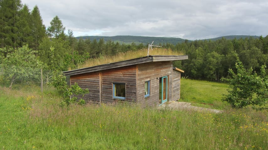 Lovely Studio - rural setting close to Inverness