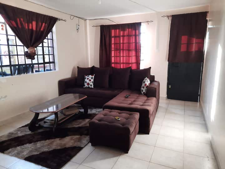 Kapsoya, Eldoret 2bedroom main house with parking
