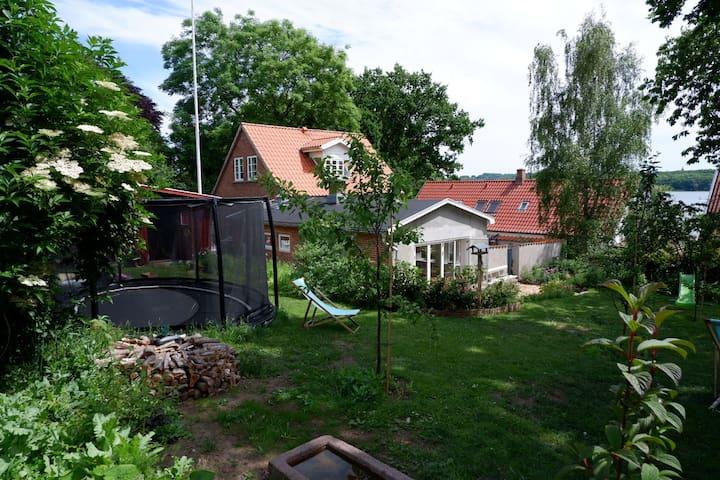 Landidyl i byen tæt på Svensdborg Sund