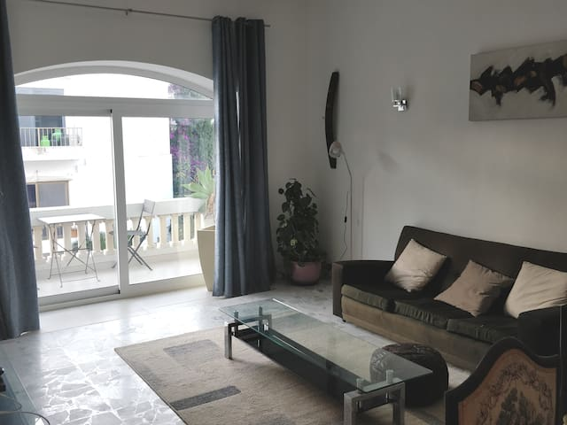 Double Bedroom in bright Swieqi Apartment
