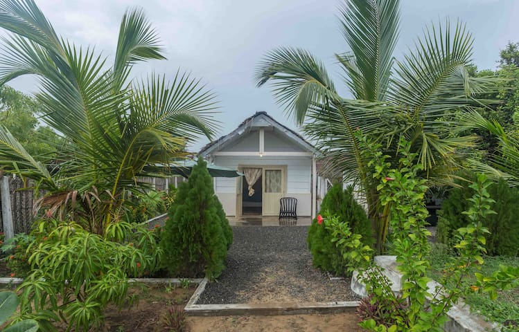 Thaiyoob's Villa - Pottuvil - Villa