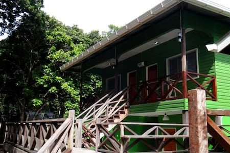 Sukau Greenview Bed & Breakfast Kinabatangan - Kinabatangan