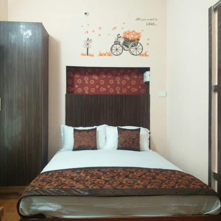 Victoriya Inn - Your Den @ Our Home