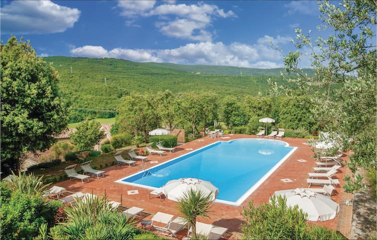 Holiday apartment with 1 bedroom on 47m² in Casole d'Elsa (SI)