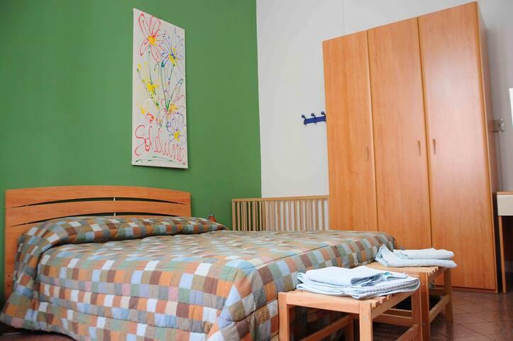 questa casa non è un albergo...!!! - Palermo - Bed & Breakfast