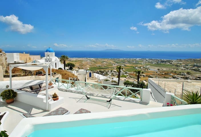 Cavern house Anthea, Sleeps 6, Views, pool