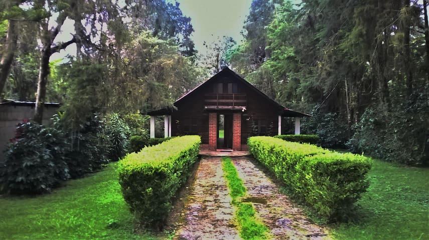 Cabaña casa de campo.