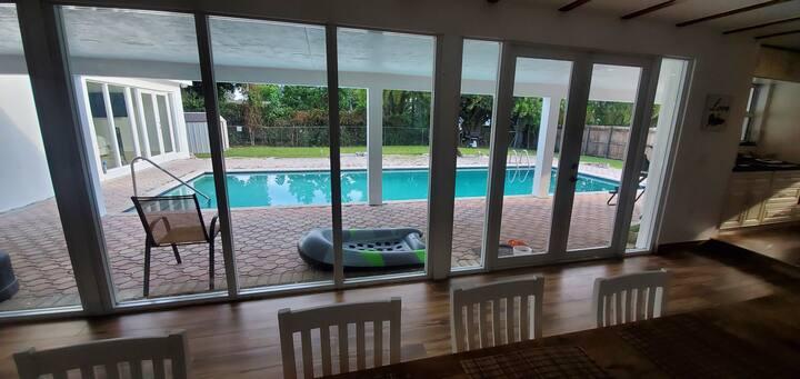 Perfect brand new studio near Miami Airport/ Doral