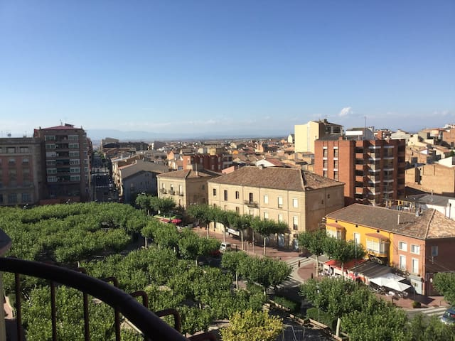 Cozi apartment in a quiet town - Tàrrega - 公寓