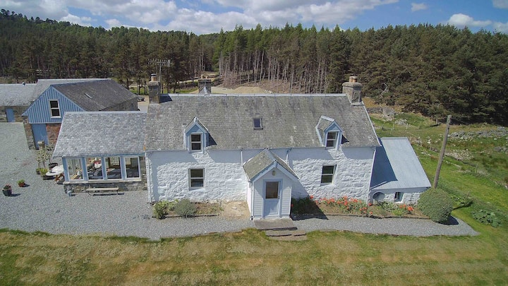 Croftcarnoch farmhouse. Cairngorms