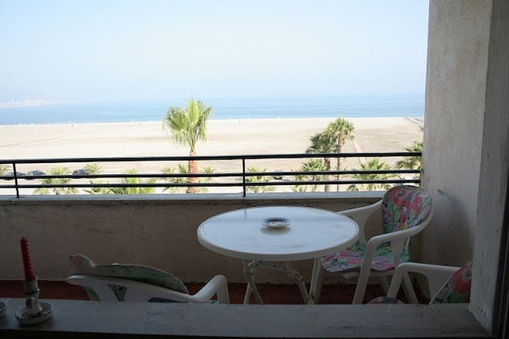Motril , Granada, 1º linea playa - Motril - House
