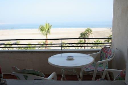 Motril , Granada, 1º linea playa - Motril - 独立屋