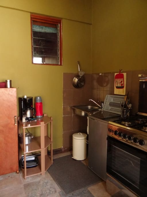 Nakuru Studio -kitchenette