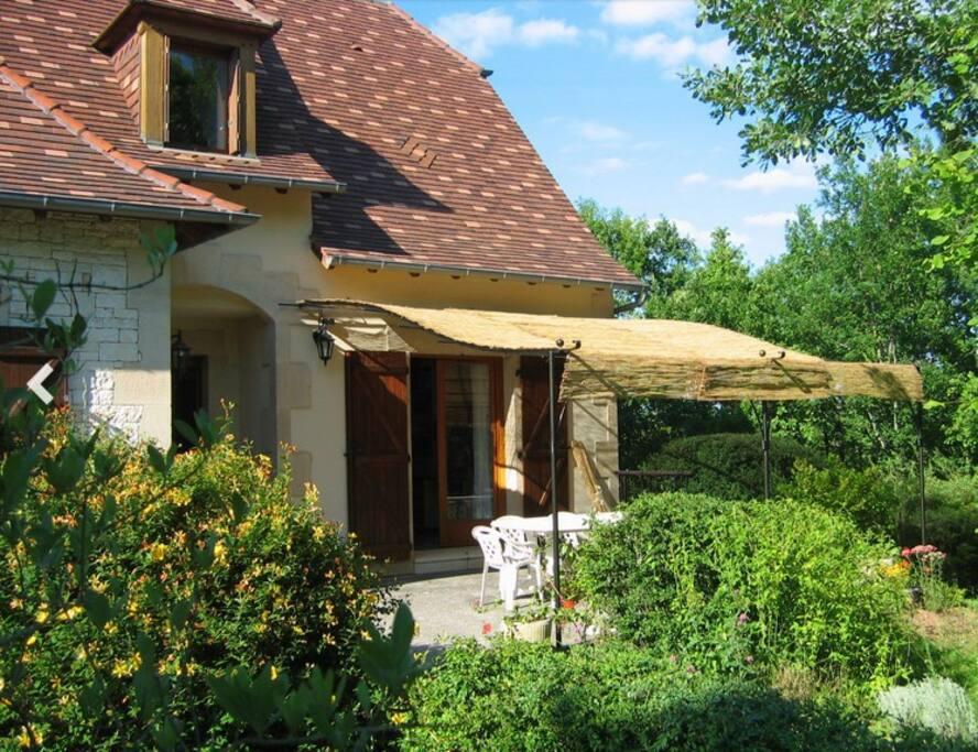 D couvrir le p rigord maisons louer terrasson for Decouvrir maison