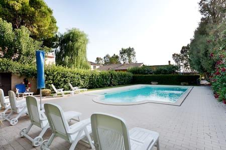 Grazioso app.in villa ristrutturata - Rosignano Marittimo