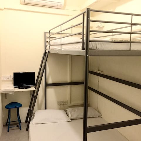 3-person Bunk/Loft Bed Private Room