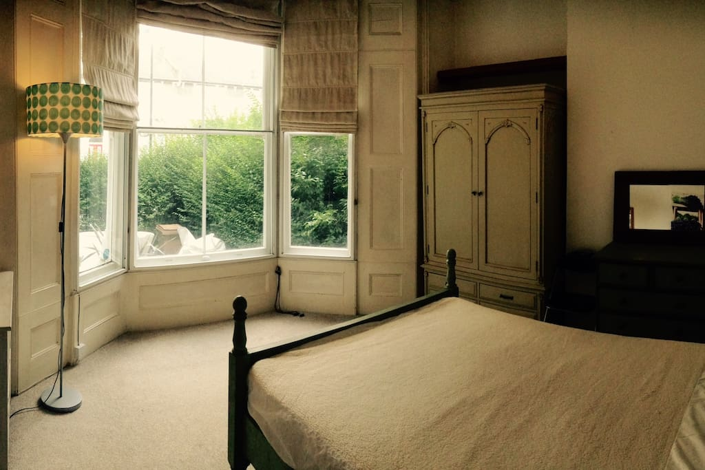 double bedroom (only occasionally available)