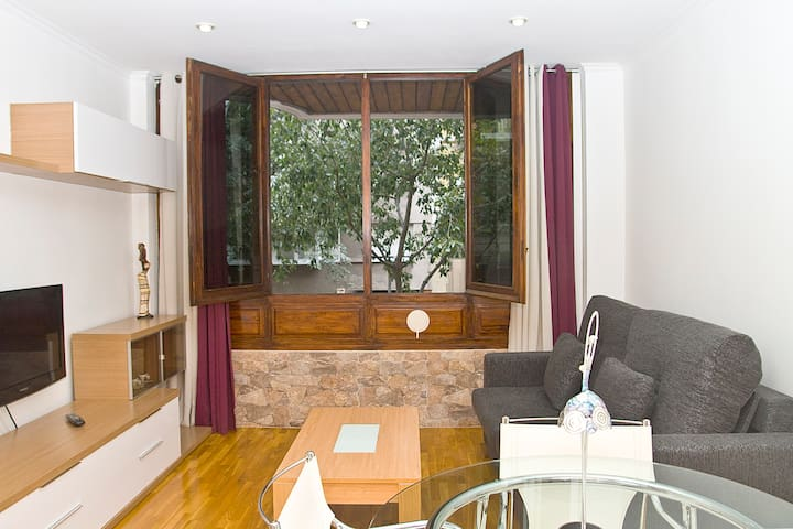 APARTAMENT IN BARCELONA CENTRE