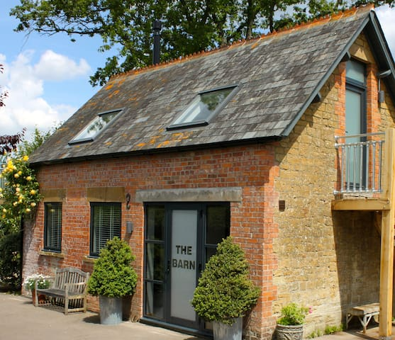 Somerset, Beatifully stylish converted Barn - Yeovil - Ev