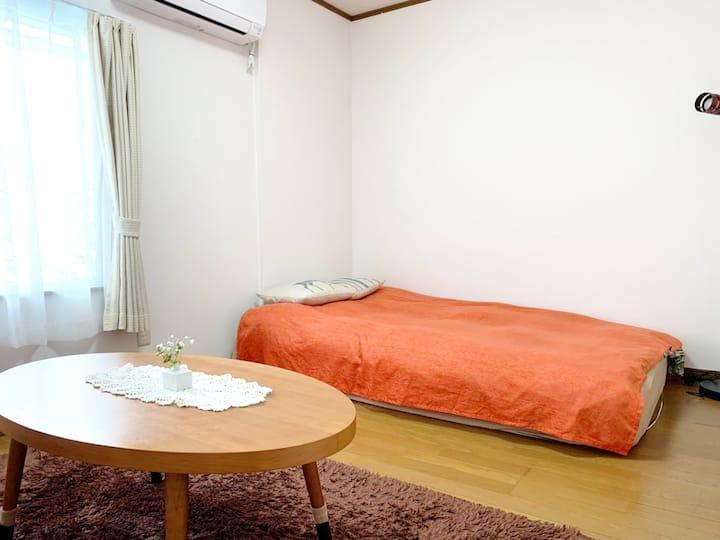 博多駅へのアクセス抜群!閑静な住宅街でゆっくり泊まれます!無料wi-fi有り!