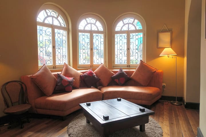 luxurious Suite La Ronda colonial city - Quito