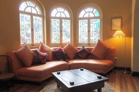 luxurious Suite La Ronda colonial city - Quito