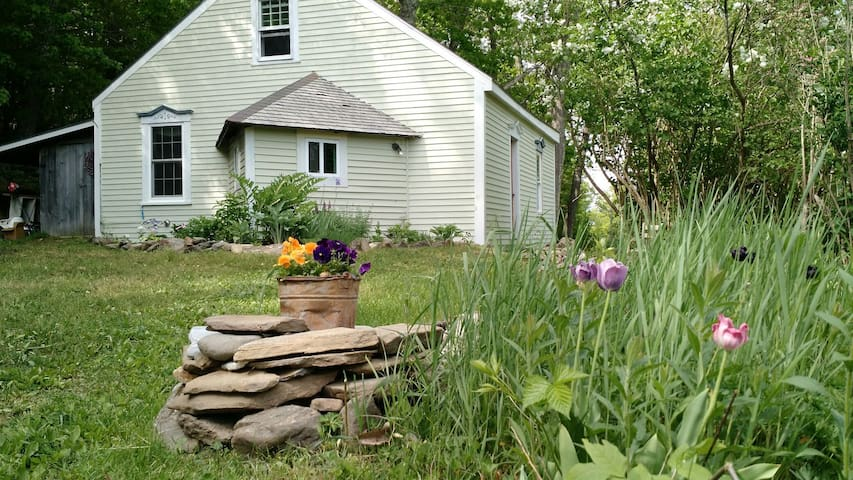 Antique Maine Cottage Near Coast - Union - บ้าน