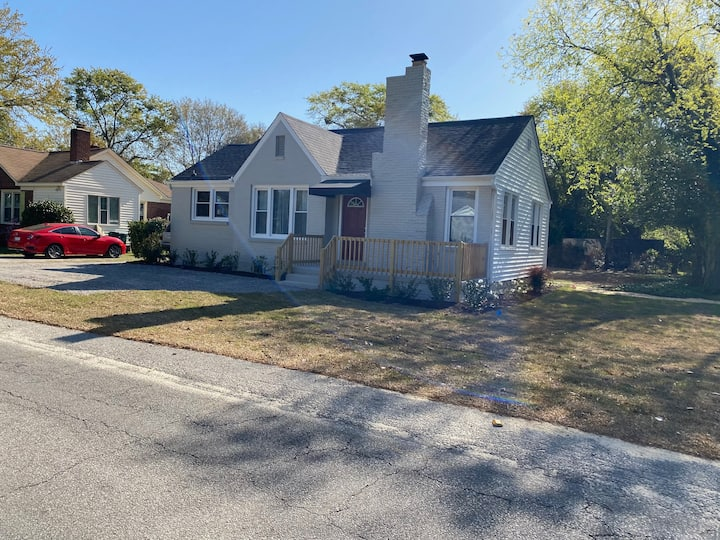 Newly renovated, Forest Acres chic home.
