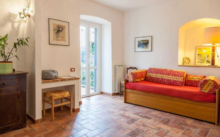 14th century cute flat with garden - Bettona - Apartment