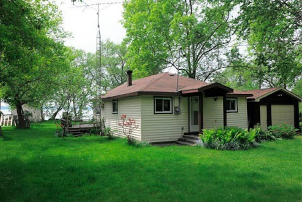 Lake Couchiching Waterfront Cottage Cottages For Rent In