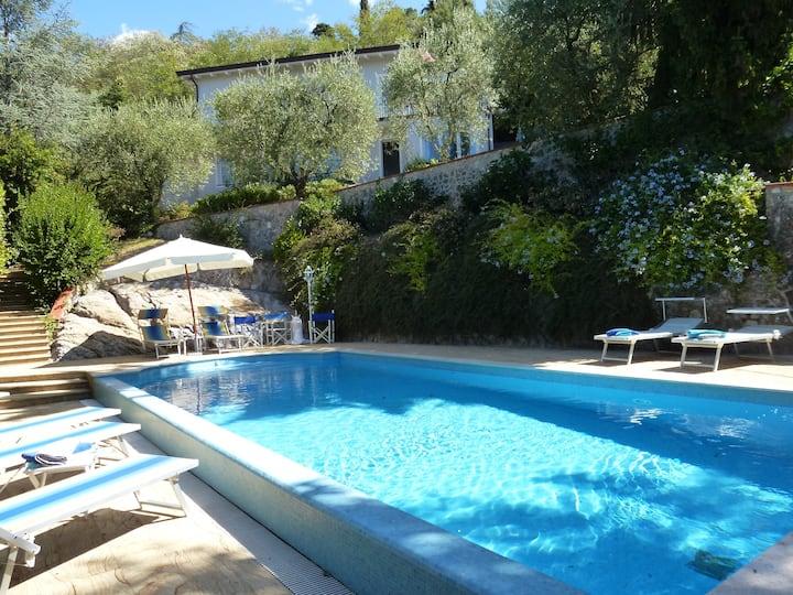 La Casina villa with amazing view all inclusive