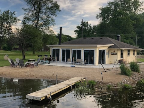 Bear Lake Cottage ... Pontoon Available for Rent