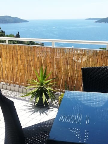 One bedroom apartmant with  terrace and sea view - Herceg Novi - Apartamento