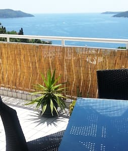 One bedroom apartmant with  terrace and sea view - Herceg Novi - Квартира