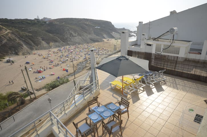 Modern Seafront Apartment in Zambujeira do Mar - Odemira - อพาร์ทเมนท์