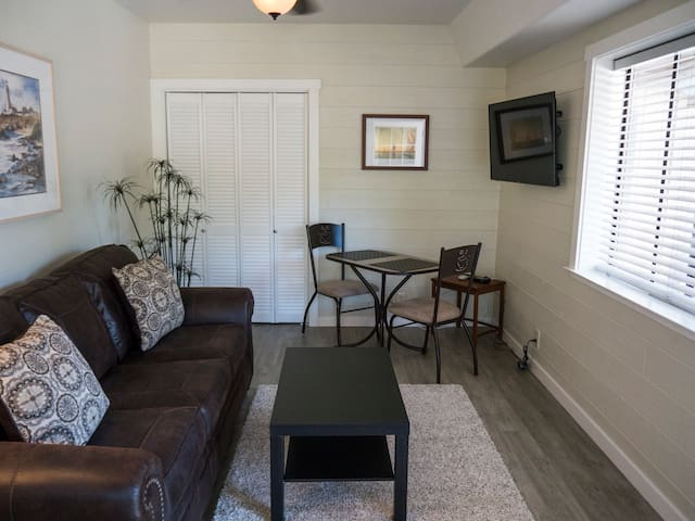 Spacious 2 room studio apartment - Aptos - Byt
