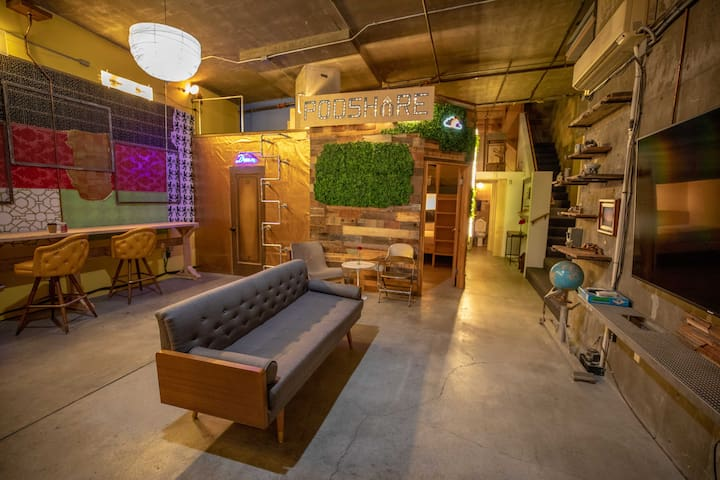 Queen Pod in Little Italy Coliving Space