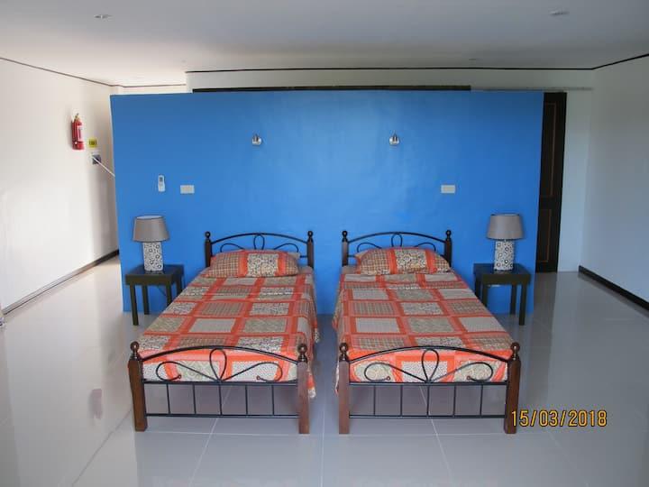 Cabilao Sunset Dive & Beach Resort  Deluxe Room 8