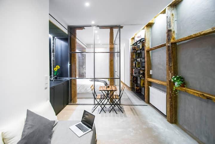 ROMANTIC  with VIEWS design apartment in LA LATINA