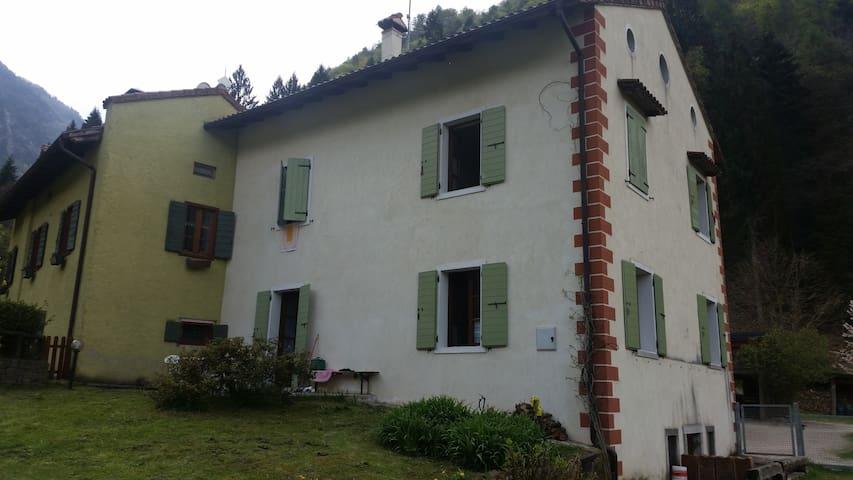 Casa Indipendente Località Piagaro - Borgo Valsugana - Talo